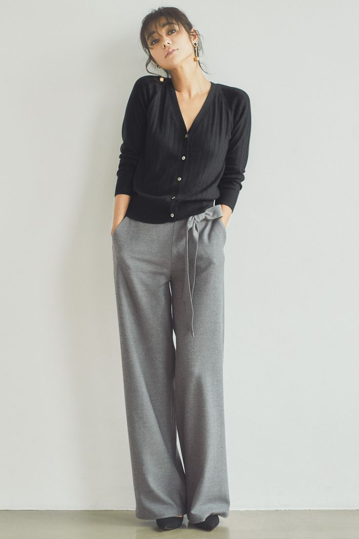 IEDITレーベルコレクション ストレッチ起毛素材が心地いい洗練シックなワイドパンツ〈グレイ〉|フェリシモ