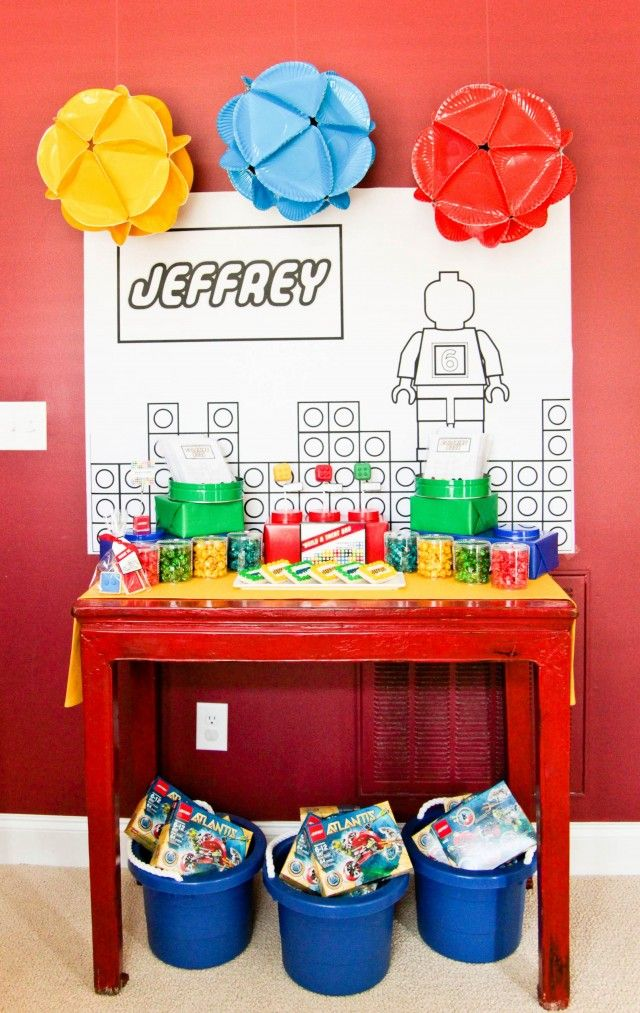 love the hanging balls, they are paper plates! this is part of the lego party I was telling you about @Amy Lyons Thielking