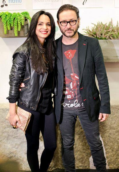 Carlos Santos, de 'El tiempo entre costuras', nos presenta a su novia, Lorena Santana: 'Llevo diez años feliz con ella'