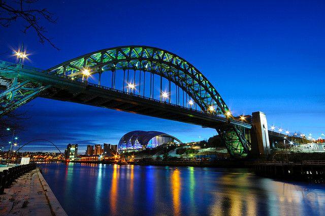 Tyne Bridge - Newcastle upon Tyne, at dawn;  Gateshead, England;  photo by 5ERG10, via Flickr