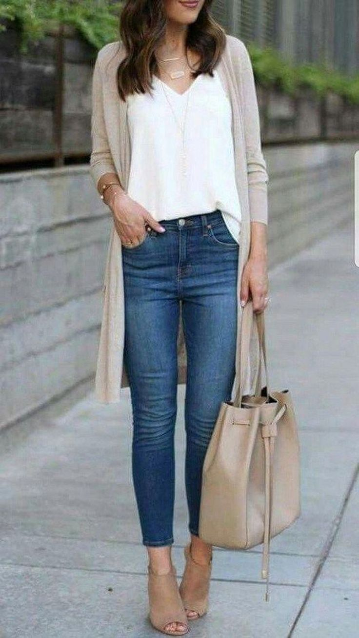 Inspiring Women Spring Jeans Outfit Ideas For Work 06