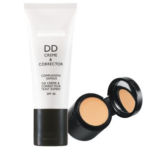 Professional DD Crème & Corrector 30ml & 1.7ml - Can be used itself to achieve a more even skin tone or as a base to foundation.
