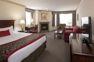 Booking.com: Delta Hotels by Marriott Banff Royal Canadian Lodge , Banff, Canada  - 584 Guest reviews . Book your hotel now!