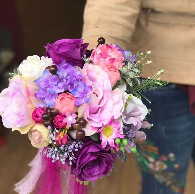 WEBSTA @ tuanahediyelik - pazartesi ile derdi olan herkese bizden çiçek