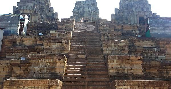 Ankor Wat Cambodia (worth the heat!)