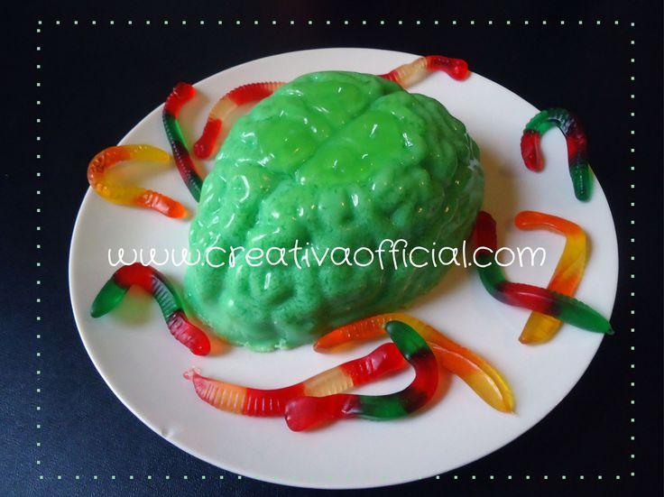 El cerebro de Frankie!   Aprende a hacer esta divertida gelatina para Halloween o para sorprender a tus invitados ;)  Dale click al link para leer la receta :D  http://creativaofficial.com/el-cerebro-de-frankenstein/
