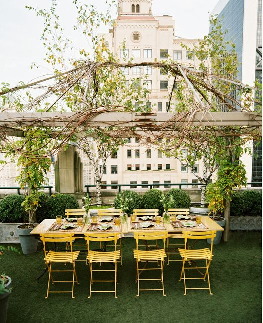 30 Incredible Rooftops You Should Be Lounging On Right Now - Manhattan Apartment via Lonny Magazine