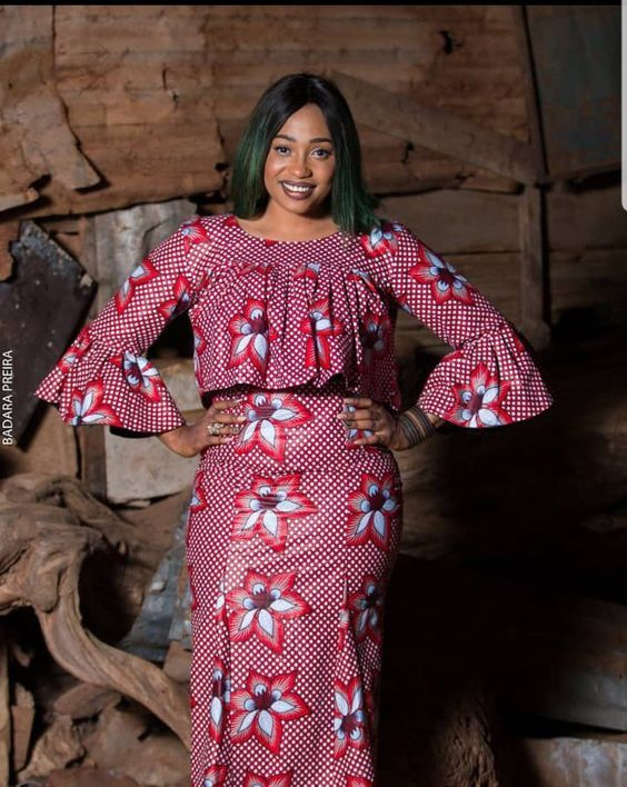 Ankara Skirt and Blouse Styles for Wedding 2019 5