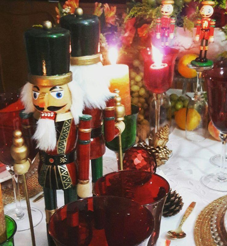 Minha mesa de Natal com quebra nozes