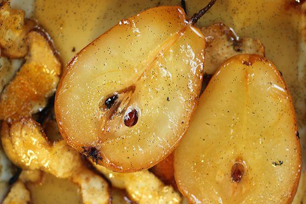 Mel e Pimenta: Pera assada com mel e limão