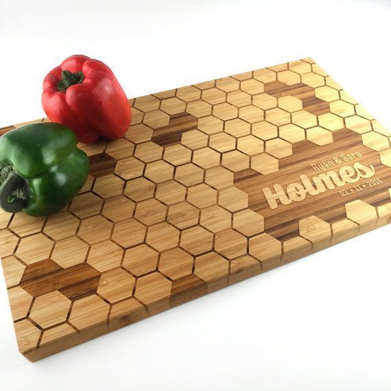 Cutting Board Personalized Honeycomb Wedding Gifts for couple Hexagon Design Bee Hive Family Name Laser Engraved Wood Chopping Block Bamboo