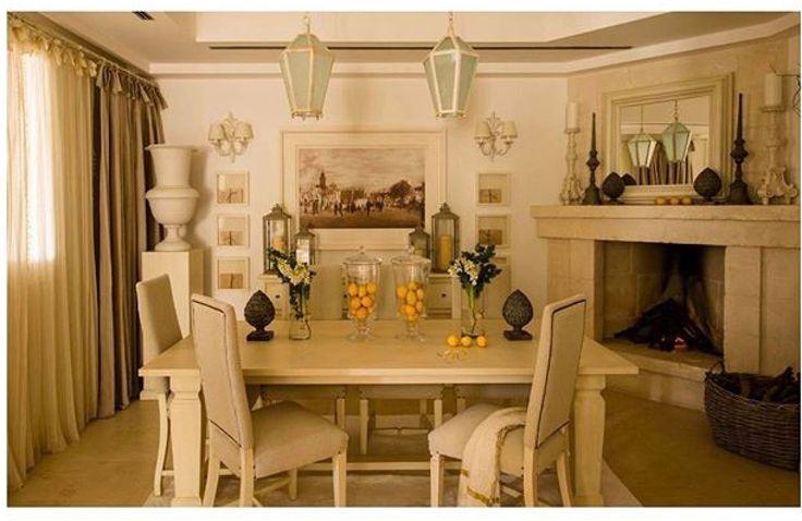 • Designing Getaways - Borgo Egnazia •  _________________________ Villa Stupenda , immersa in un magnifico giardino pugliese completo di gazebo e piscina privata, è realizzata interamente in pietra, con uno stile classico ed elegante. È dotata di tutti i più moderni comfort: due aree living, una delle quali con caminetto in pietra locale.  _________________________