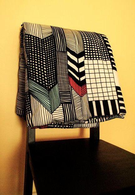 PP: amazing graphic quilt; chevrons, stripes.