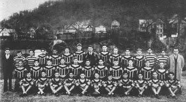 Johnstown High School Football Team, 1930. | Johnstown, PA ...