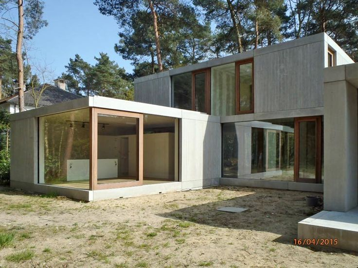 concrete house in Keerbergen; wooden windows, living in the wood, by sculp[IT]architects, www.sculp.it