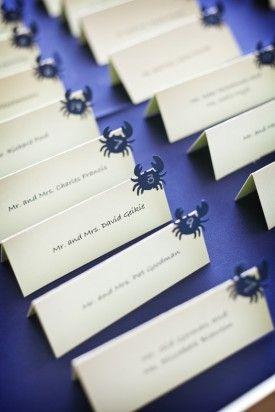 カニ♪ シンプルに可愛い! <ネイビー・おしゃれな結婚式エスコートカード・席札まとめ一覧>