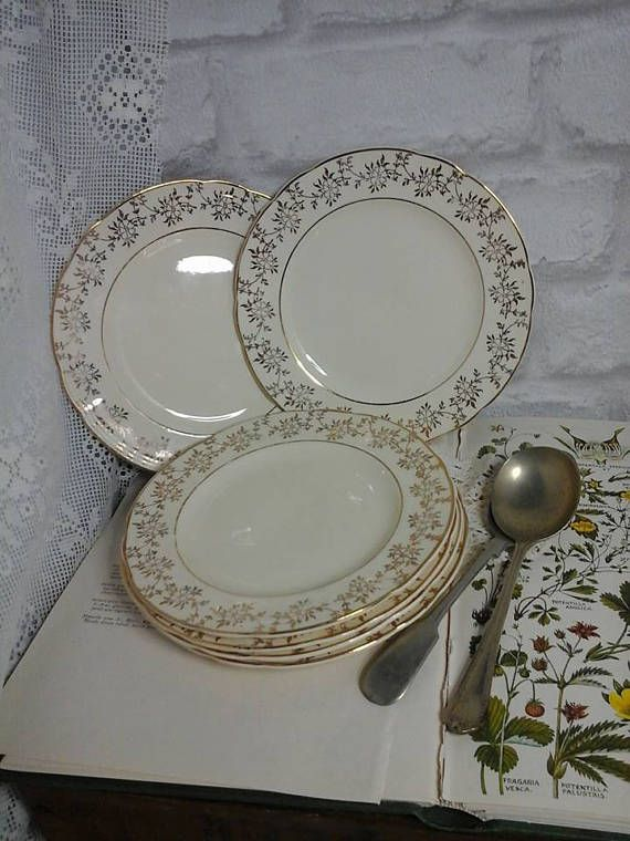 Alfred Meakin ivory and gold tea platesAlfred Meakin china