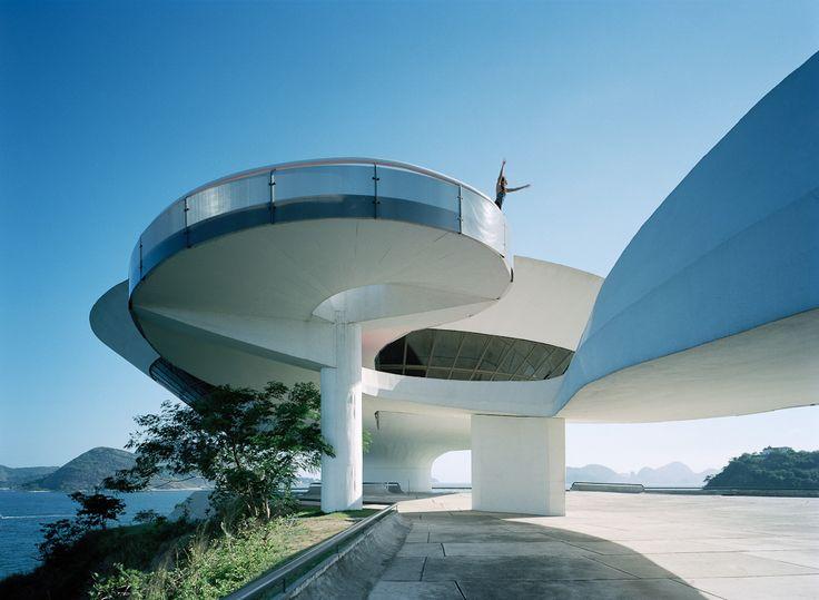 Niteroi Art Museum | Rio, Brazil | Oscar Niemeyer | Lindman Photography