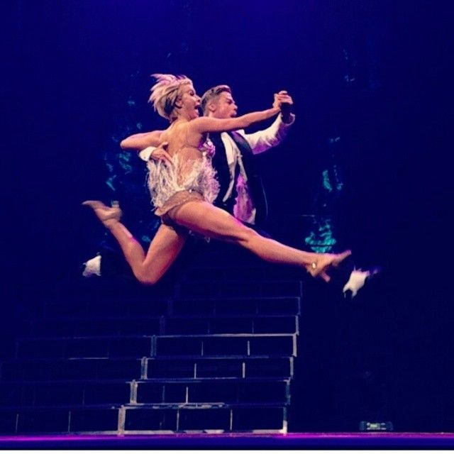 Julianne and Derek Hough: 2014 Move Live on Tour