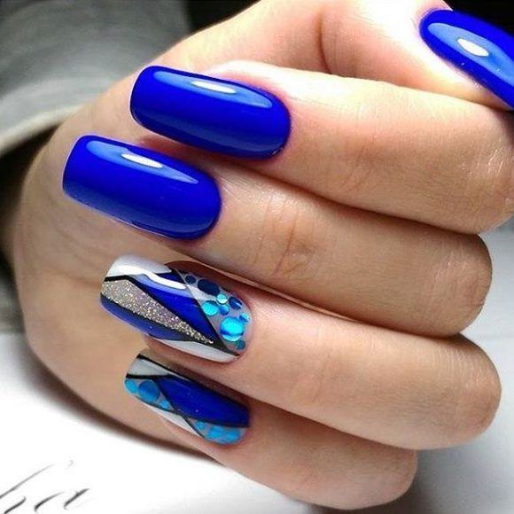 Синий дизайн ногтей с камифубуки. Не обычная геометрия на ногтях.