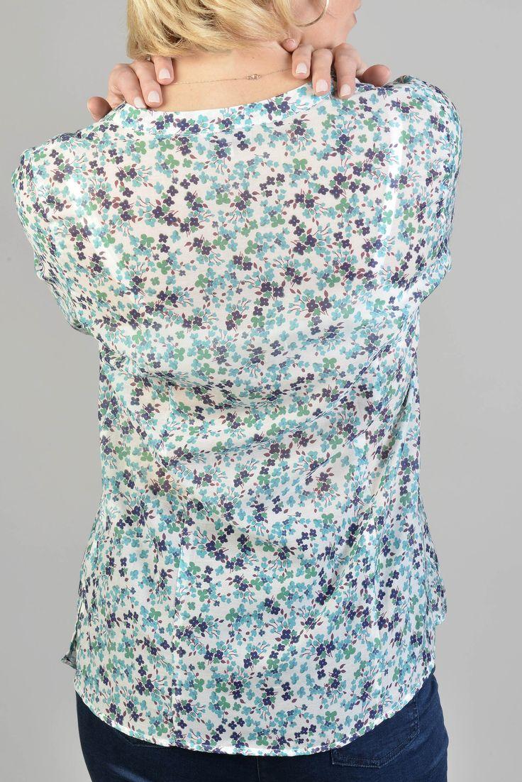 Prunelle bis chemise m3/4 roul  Réf :  17CH1888    Chemise fluide et ample en soie romantique imprimée liberty. Glissez-la dans un pantalon ou une mini-jupe.    #Antonelle  #clothing #lookoftheday #womenswear #dailylook #motif #stylish #tendance #blue