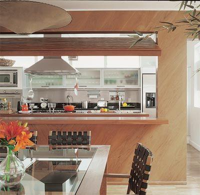 Cozinha integrada ou separada? Qual a melhor opção de cozinha? Cozinhas que podem ser separadas ou integradas quando você quiser.