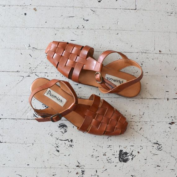 woven leather sandals / t-strap shoes / brown leather sandal shoes