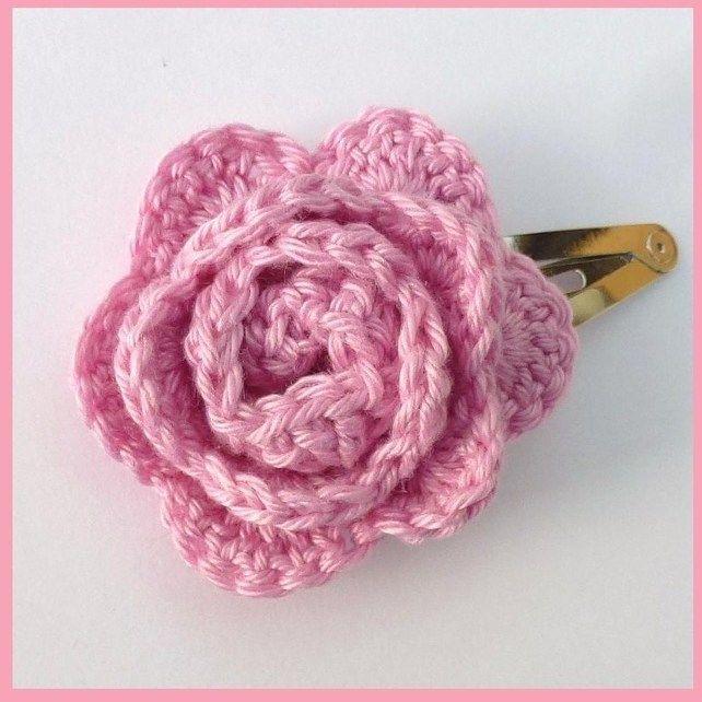 I  Pink crochet rose  hair clip £1.70