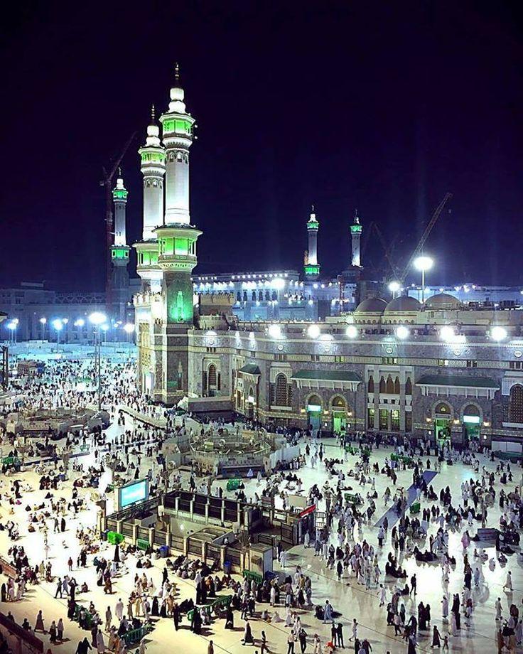 Night View Of Makkah. #Alhamdulillah  https://www.mzahidtravel.com/umrah/UK/umrah-packages.html #Makkah #Haram #Mosque #Hajj #Umrah