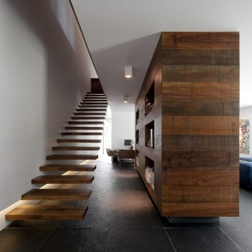 Designspiration — Casa en Estoril / Frederico Valsassina Arquitectos - The Black Workshop: Dreams Houses, Idea, Floating Stairs, Wood, Interiors Design, Architecture, Rooms Dividers, Floating Staircases, Stairways