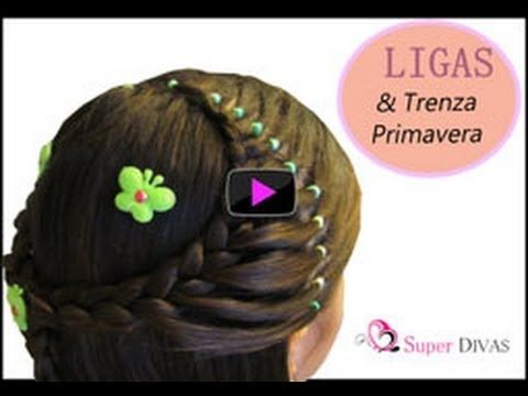 VIDEO Paso a paso - Ligas Primavera espectacular peinado infantil, millones de vistas en YOUTube. Encuentra las flores en www.2superdivas.com VIDEO tutorial - half crown and braid made with elastics. Millions of views in YOUTube made by www.2superdivas.com