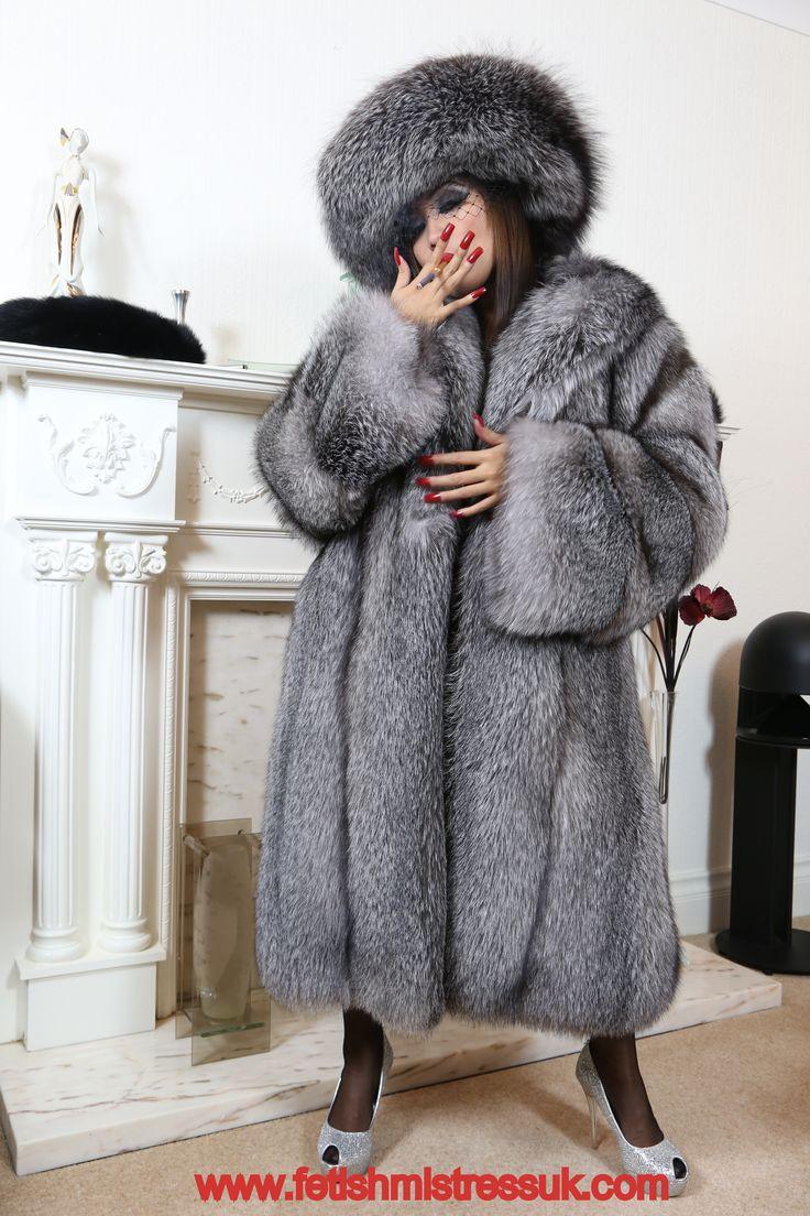 Swathed Head to Feet In My Silver Fox Fur's. www.fetishmistressuk.com YouTube... http://www.youtube.com/watch?v=epAOqTV-woQ