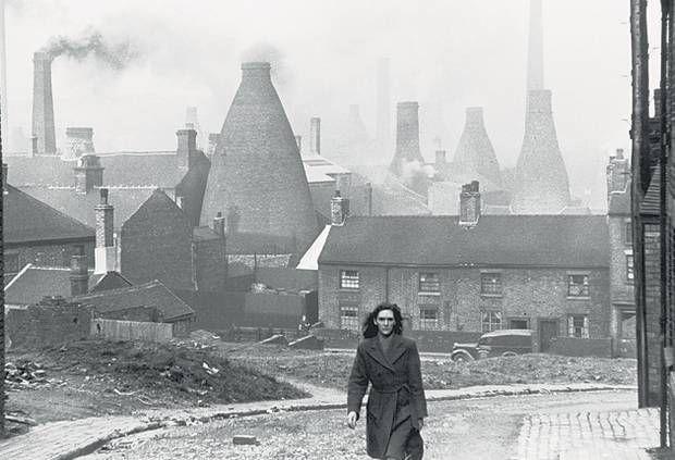 1946 Staffordshire Potteries Stoke On Trent Potteries