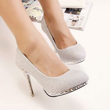 USD18.99Fashion Rivets Embellished Round Closed Toe Stiletto High Heel Silver Pumps