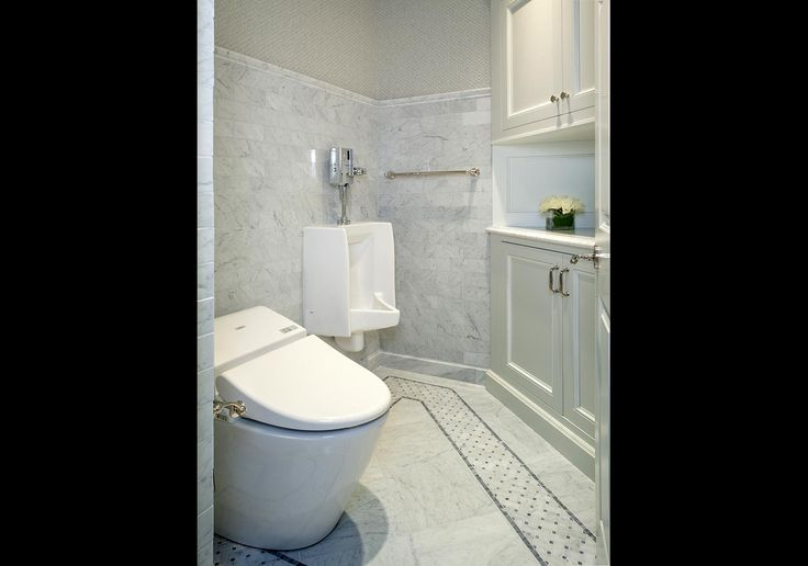 Hemingway Construction | Gallery of Bathrooms | Urinal