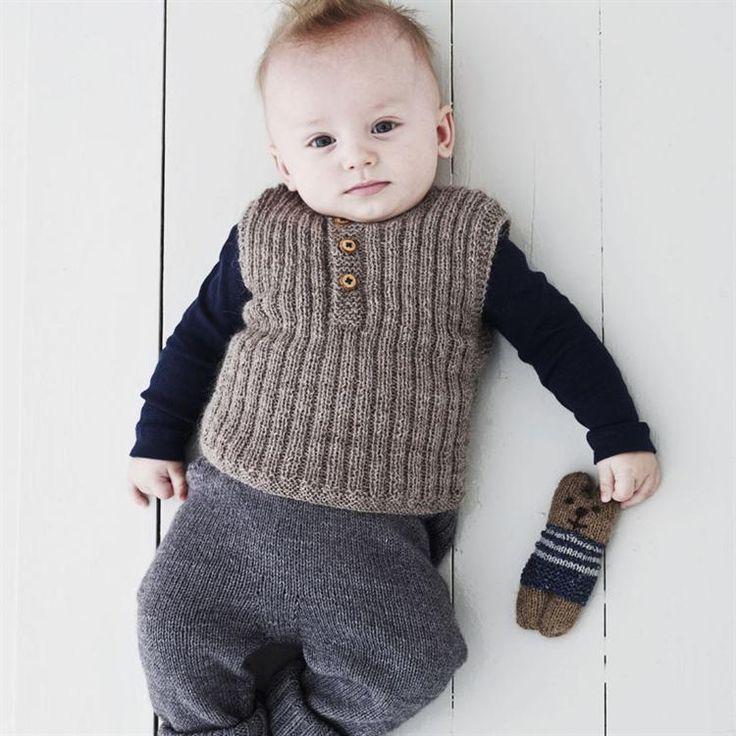 Babystrik på pinde 3 af Lene Holme Samsøe - Køb Babystrik af Lene Holme Samsøe her