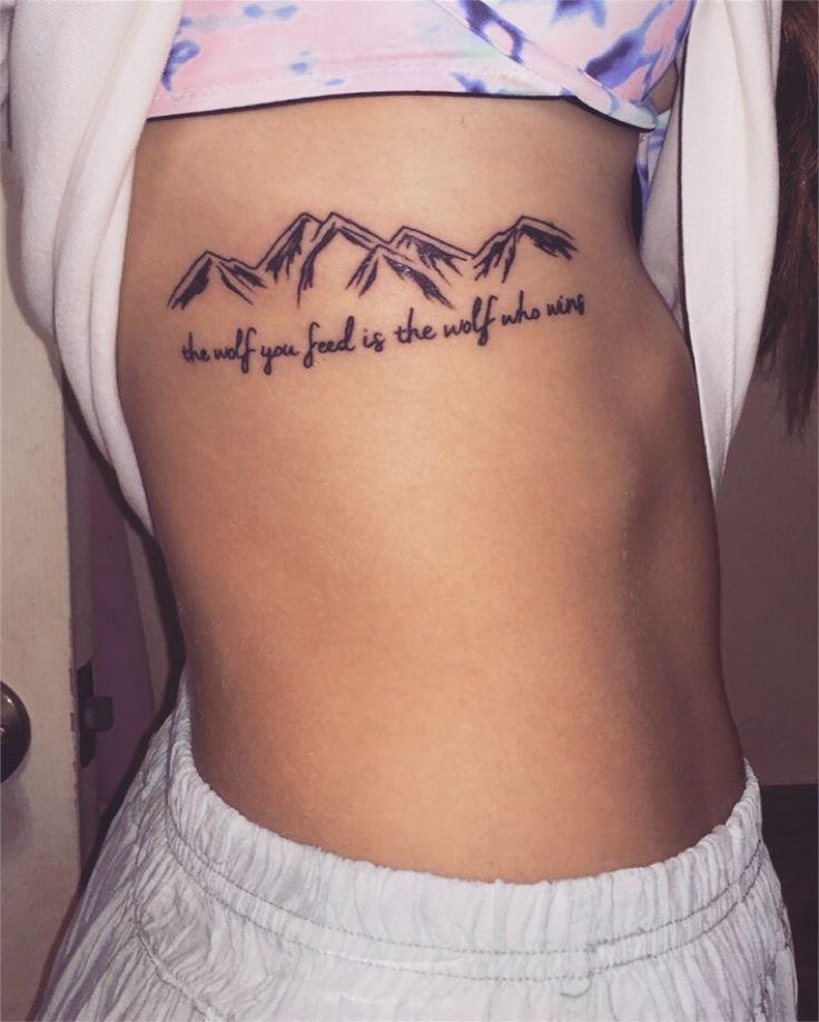Berg mit Benennung Tattoo auf Mädchen Seite Brustkorb: Mountain Tattoos