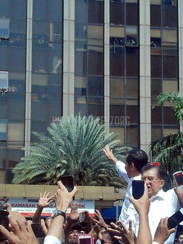 #PresidenJokowi Menuju Istana -1