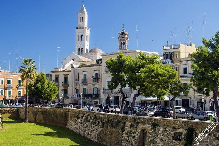 Базилика Святого Николая хранящая мощи Николая Чудотворца в Бари Bari