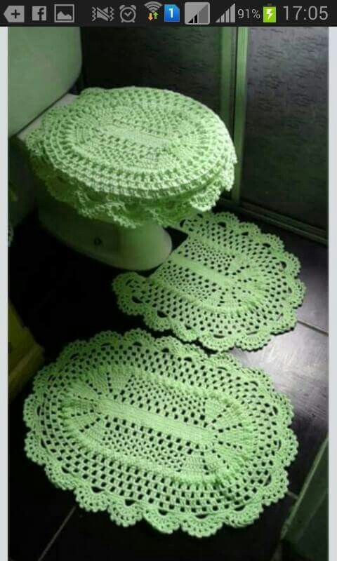 Crocheted Bathroom Set                                                       …