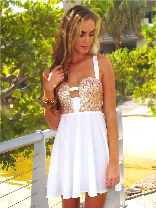 Short Gold Sequin Homecoming Dresses
