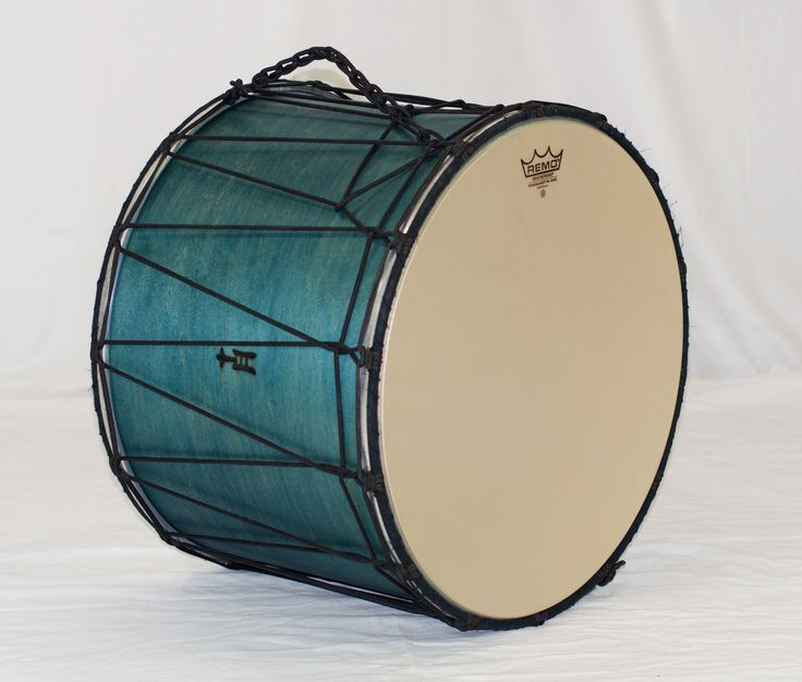 Watertown Tupan: Fantastic. That's one way to describe the music the owner of this drum plays. Adding to his natural skin-headed collection, this TreeHouse Tupan with synthetic heads won't mind humidity changes so the music can go on! 15x20; plied maple; satin wax.  To see more pix, and search our entire TreeHouse archive for your favorite specs, visit our photo gallery: http://www.flickr.com/photos/treehousedrums/collections/