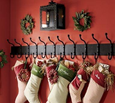 :-)Holiday, Coats Hooks, Ideas, Fireplaces Mantles, Christmas Decorations, Christmas Stockings, Mantles Hanging, Hanging Stockings, Coats Racks Stockings