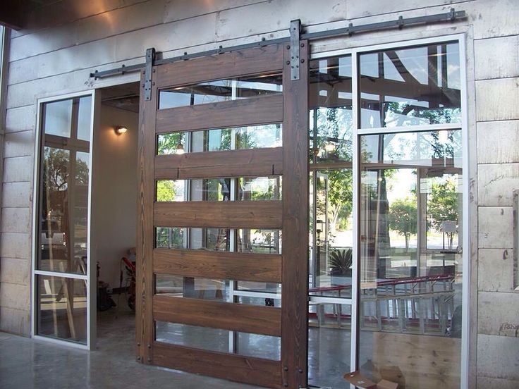 Just when you thought glass walls couldn't get any more impressive...
