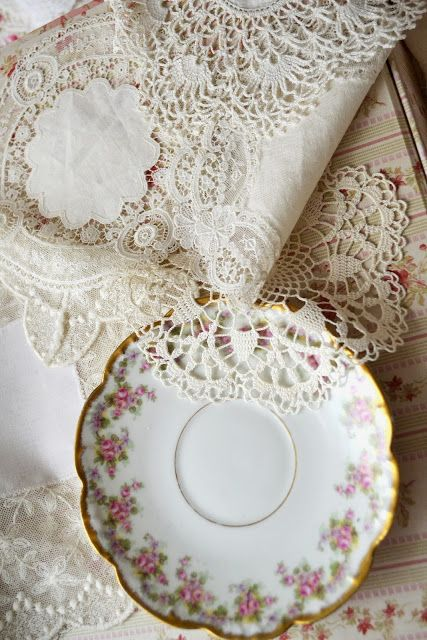 Jennelise ~ Beautiful table linens~❥