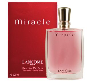 Lancome created MIRACLE #perfume for women in 2001. Miracle perfume is a modern and sophisticated fragrance. The top notes sparkle with freesia and lychee. The power of spice breaks through the middle notes lighting the fragrance with ginger and pepper. The heart reveals sensual notes of jasmine and magnolia