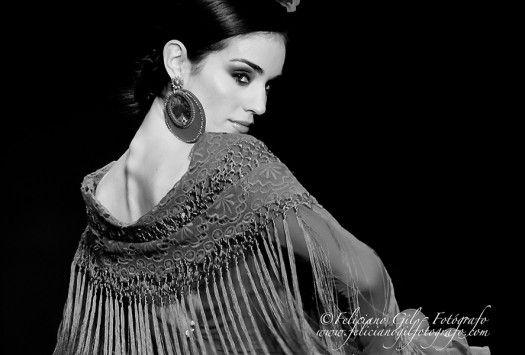 """""""Con Solera"""", desfile de Moda Flamenca de la diseñadora Macarena Beato (Faly, de la Feria al Rocío), en SIMOF 2013 - 68"""