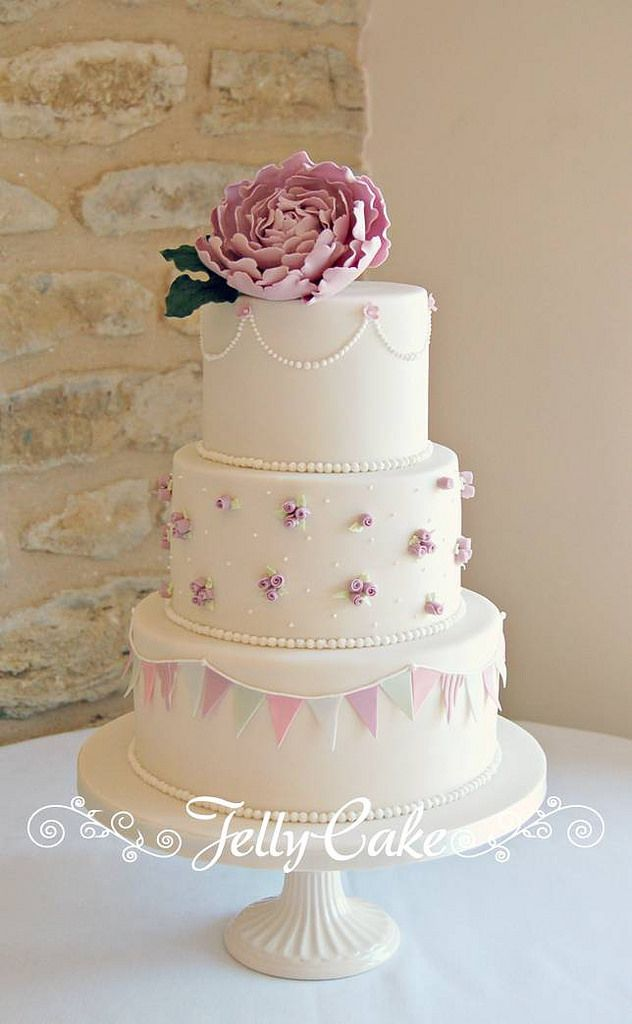 Peony and Bunting Wedding Cake | by www.jellycake.co.uk