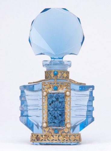 121 Best Perfume Bottles Vintage Images On Pinterest