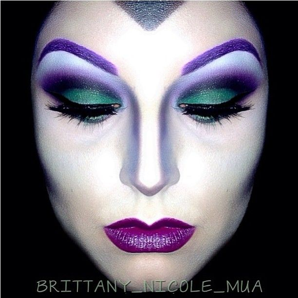 Who needs Halloween as an excuse to dress up? @Brittany_Nicole_MUA used Sugarpill Poison Plum, Midori and Tako eyeshadows to transform herself into Maleficent. Check out that wicked nose contouring!